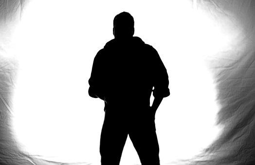 homme ombre noire
